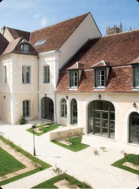 picto-maison-blanche-jardin-toit-placement-investissement-prestations