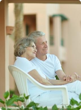 picto-couple-chaise-per-investissement-financier